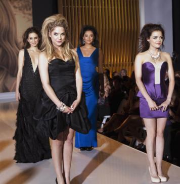 Temporada 2: Desfile de Moda Alexander Mcqueen