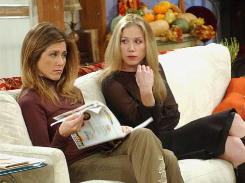 Christina Applegate fez de segunda irmã de Rachel. Conseguiu participação na 9ª temporada.