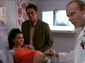 """Durante a quarta temporada de """"Angel"""" a atriz Charisma Carpenter engravidou e a mesma história foi reproduzida na série. No entanto a personagem ficou num coma prolongado quando a atriz escolheu pasar mais tempo com o filho recém nascido."""