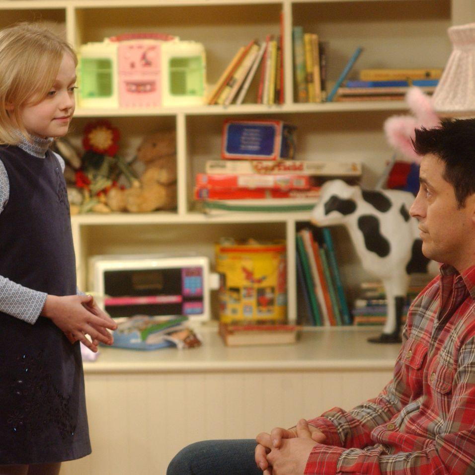Dakota Fanning ainda era uma criança mas já tinha o merecido destaque. Durante a 10ª temporada a sua personagem conectou-se com Joey.
