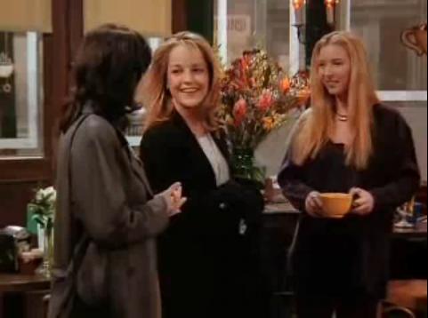 Helen Hunt apareceu na temporada 1 pensando que Phoebe era a sua irmã gémea Ursula e empregada de balcão, pediu-lhe um café.