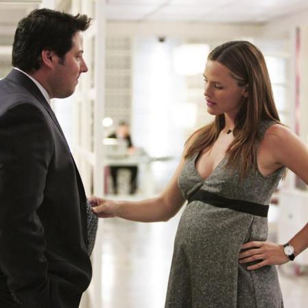 """Jennifer Garner engravidou da primeira filha, enquanto gravava a série """"Alias""""."""