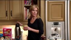 """Para surpresa de muitos Julie Bowen estava grávida de gémeos no episódio piloto de """"Modern Family""""."""