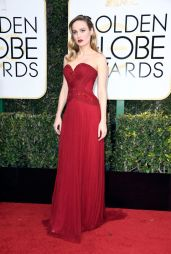 Brie Larson em Rodarte Getty