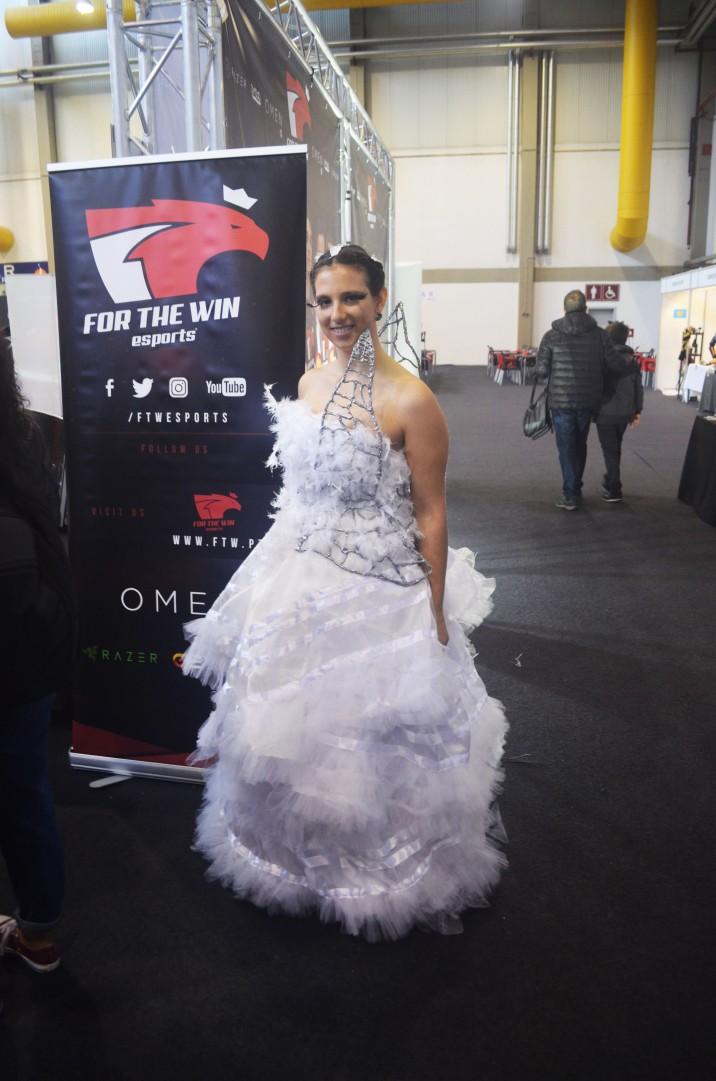 Cosplay Katniss Everdeen Wedding Dress