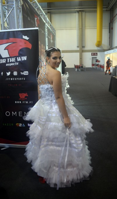 Cosplay Katniss Everdeen Wedding Dress