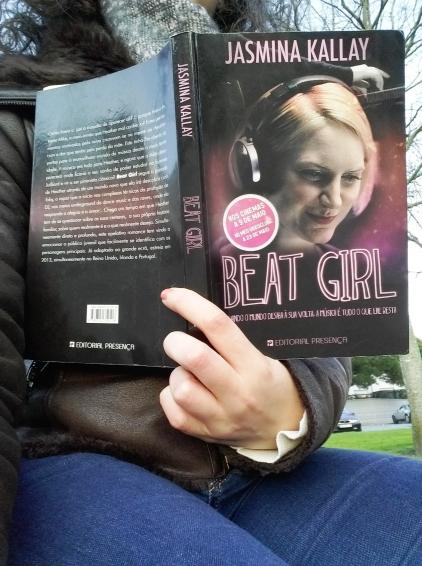 "Review livro ""Beat Girl"""