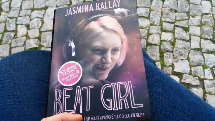 Book Review: Beat Girl