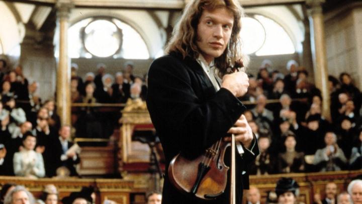 Red Violin-2